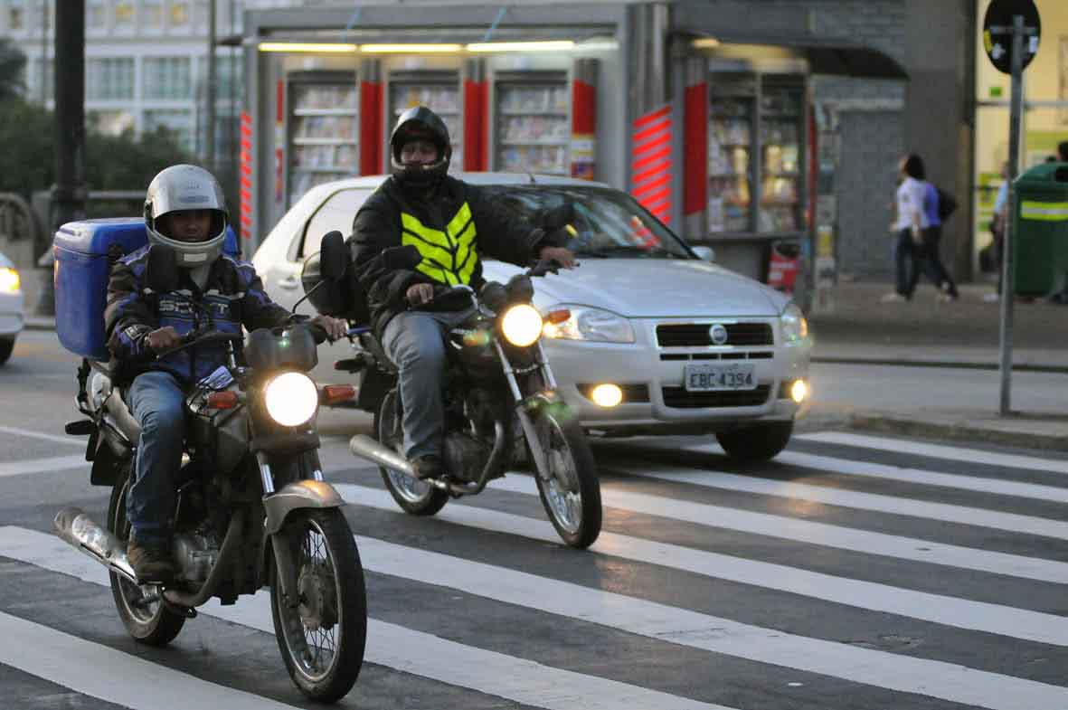 segurança dos motoristas motociclistas