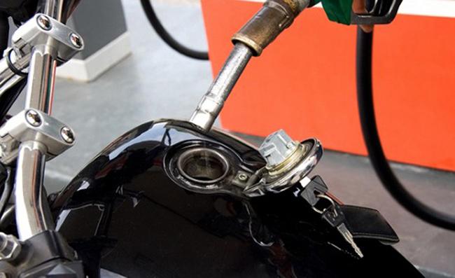 Estratégias para combustível da moto.