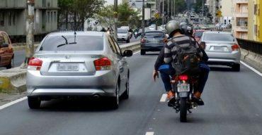 2018 11 22 E Possivel Pilotar Moto No Corredor Com Seguranca