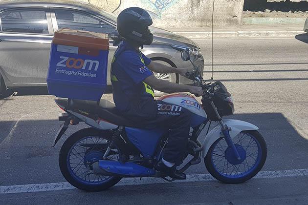 motoboy online a serviço da Zoom
