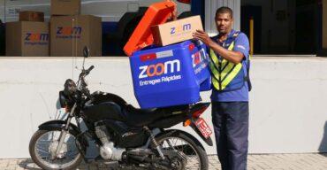 Motoboy terceirizado da Zoom